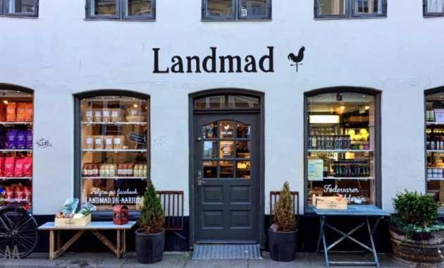 Landmad © AArhusPilot.com   Kirsten K. Kester