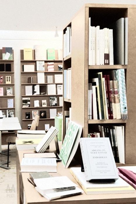 Library and bookstore at Kunsthal Aarhus © AArhusPilot.com | Kirsten K. Kester